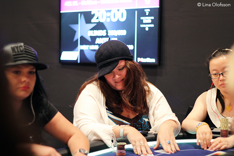 EPT12_BCN_day1_Ladies_Eva_Jiretorn.jpg